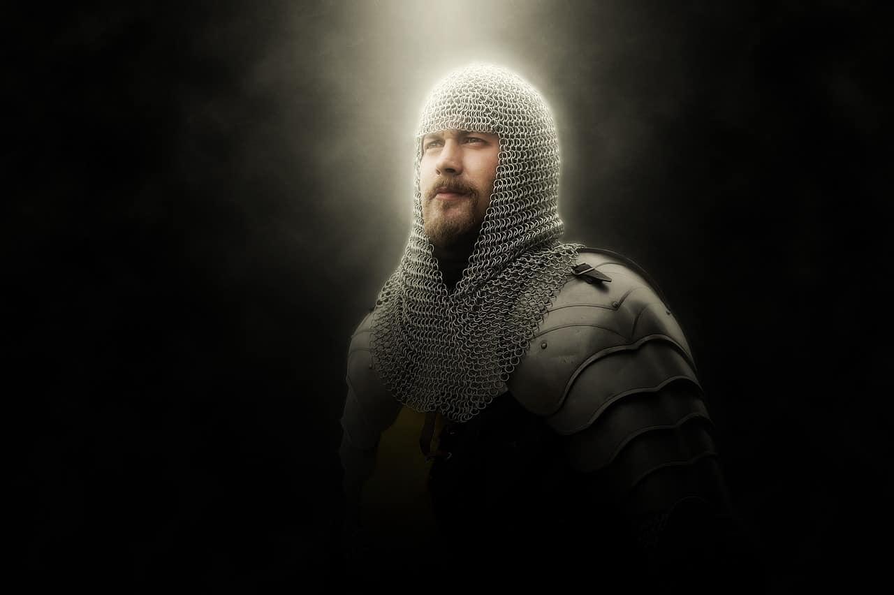 ein Ritter im Kettenhemd